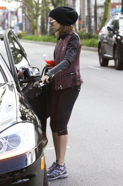 More Pics of Nicole Richie Leather Jacket (4 of 10) - Nicole Richie Lookbook - StyleBistro