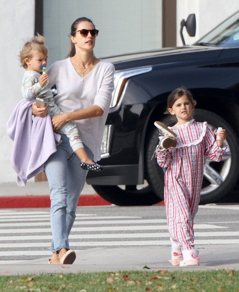 Alessandra Ambrosio Runs Errands in LA