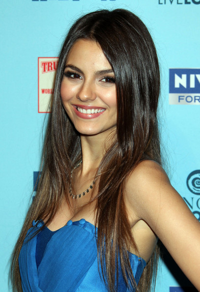 More Pics of Victoria Justice Long Straight Cut (1 of 3) - Long Hairstyles Lookbook - StyleBistro []