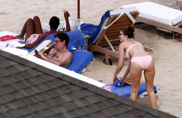 Stephanie Seymour And Kids On The Beach In St. Barts
