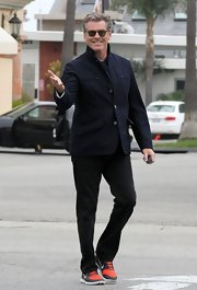 Piece Brosnan sported this fitted jacket with double front pockets while hanging out in Malibu.