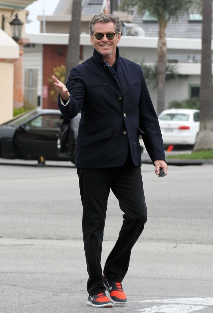 Pierce Brosnan Fitted ...