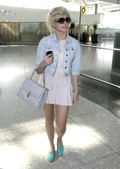 More Pics of Pixie Lott Denim Jacket (1 of 5) - Pixie Lott Lookbook - StyleBistro
