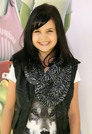 Bailee Madison wore a zebra-print scarf at the premiere of the movie 'Planet 51.'