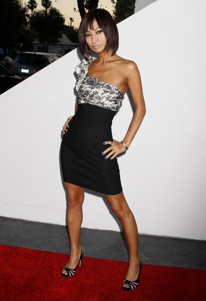 Bai Ling paired her peep toe pumps with a form fitting one shoulder dress.