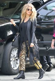 Fergie wasn't afraid to show her wild side as she showed with these animal print pants.