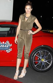 Shantel showed off one of the hottest trends for spring, the jumpsuit. She paired her ensemble with strappy heels.