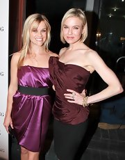 Renee showed off her toned physic at the Vera Wang Store Launch where she sported a short blonde bob.