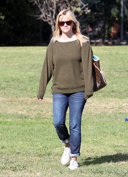 Reese Witherspoon Scoopneck Sweater