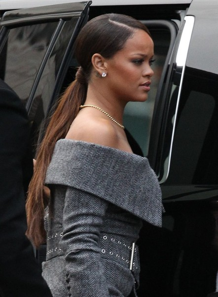 Rihanna styled her hair into a sleek side-parted ponytail for Harvard's 2017 Humanitarian Award.