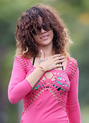 Rihanna wore a soft baby pink nail polish while vacationing in Hawaii.