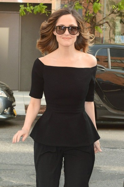 Rose Byrne Oversized Sunglasses