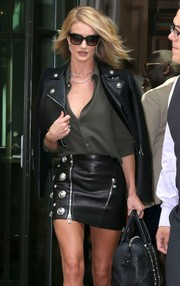 Rosie Huntington-Whiteley took a stroll in New York City wearing a chic pair of butterfly sunnies.
