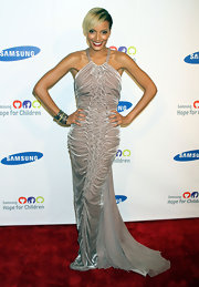 Selita brought the classic glamour with a ruched velvet halter gown for the Samsung Hope for Children Gala.