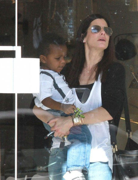 Sandra Bullock and Louis Shop For Lights