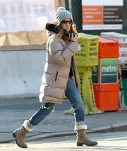 Sarah Jessica Parker braved the New York City cold in a pair of sheepskin-lined mid-calf boots.