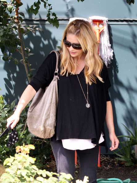 Sarah Michelle Gellar Leather Hobo Bag