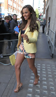 Rochelle Wiseman visited Radio 1 in London wearing a tall pair of two-tone platform pumps.