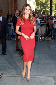 Sofia Vergara styled her red separates with nude platform peep-toes by Charlotte Olympia.