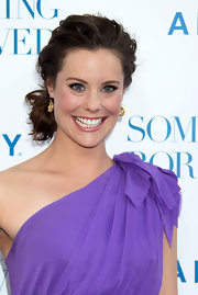 Ashley Williams had her tresses tied in a messy updo at the LA premiere of 'Something Borrowed.'