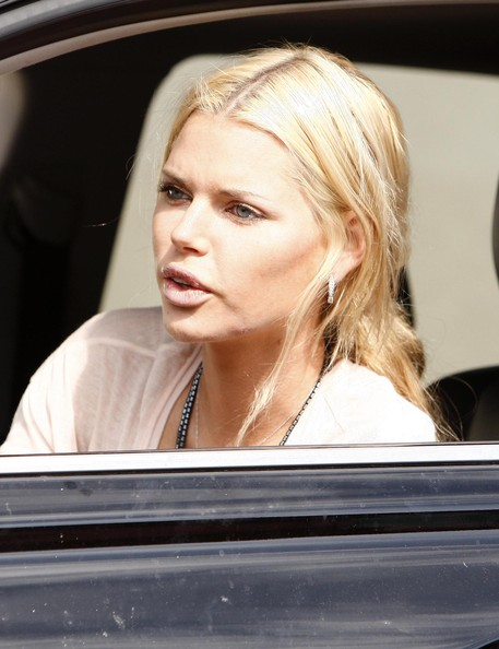 More Pics of Sophie Monk Oversized Tote  (1 of 16) - Oversized Tote  Lookbook - StyleBistro