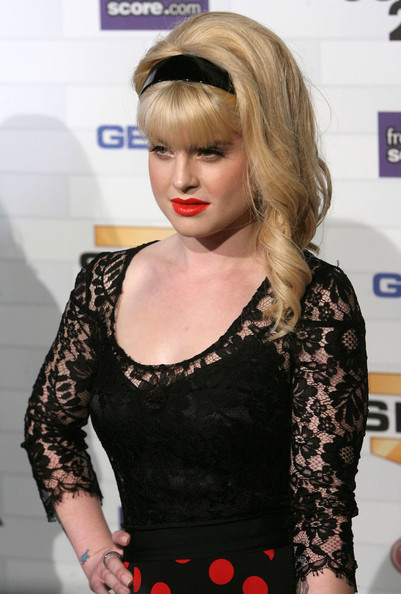 More Pics of Kelly Osbourne Long Curls (1 of 3) - Kelly Osbourne Lookbook - StyleBistro