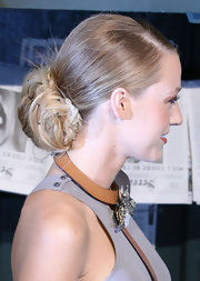 Blake looked ultra chic in her perfectly pinned chignon. The added bobby pins were a great way to add some flair to a simple bun.
