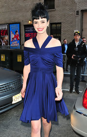 Krysten Ritter made an appearance on the 'Late Show With David Letterman' wearing stars earrings in 18-carat noble gold with diamonds.