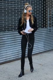 Stella Maxwell topped off her black-and-white outfit with a cropped jacket.
