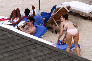 Stephanie Seymour Peter Brant Stephanie Seymour And Kids On The Beach In St. Barts