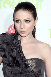 Michelle Trachtenberg paired her sleek ponytail with dangling diamond earrings.