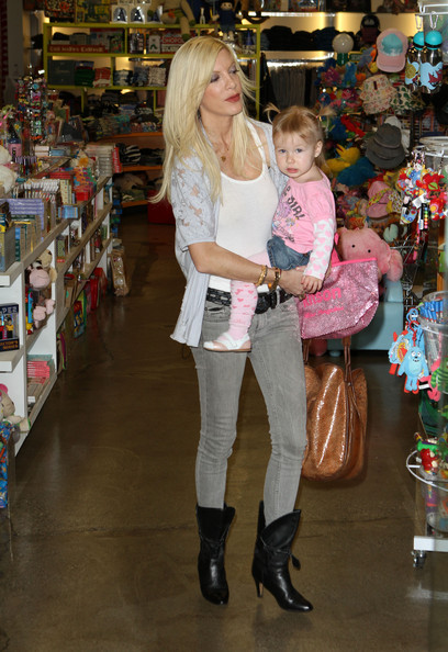 Tori Spelling Ankle Boots []