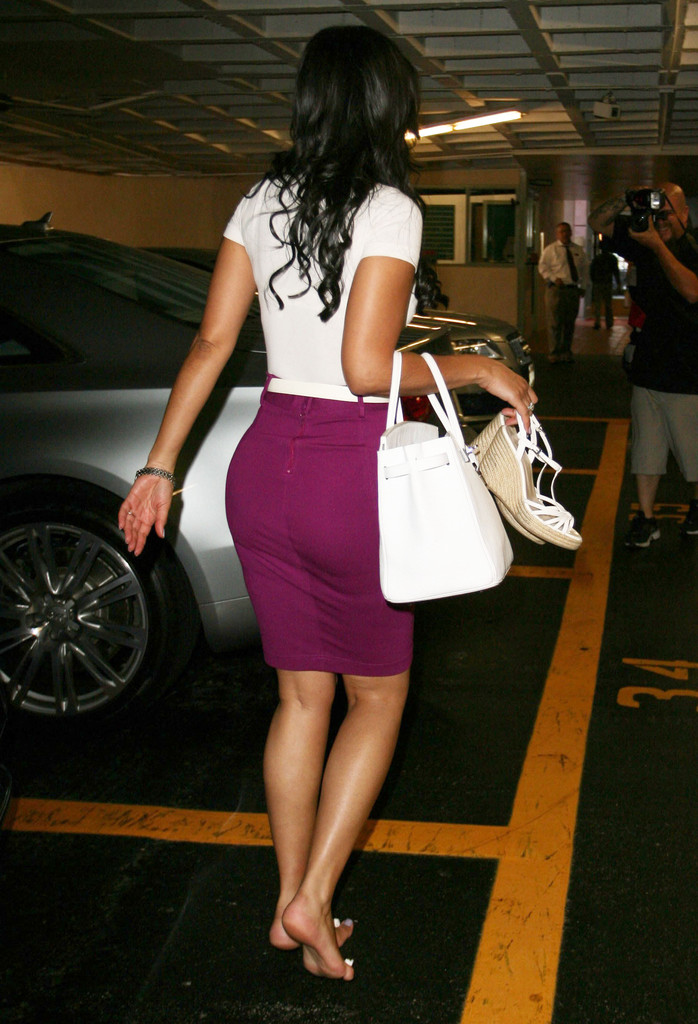 More Pics of Tracey Edmonds Pencil Skirt (7 of 14 ... Fergie Shoes