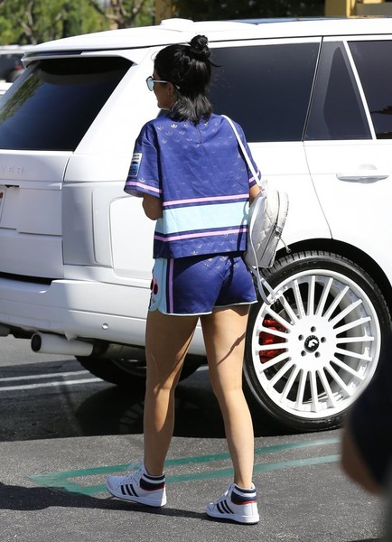 More Pics of Kylie Jenner Sports Shorts (1 of 14) - Sports Shorts Lookbook - StyleBistro []