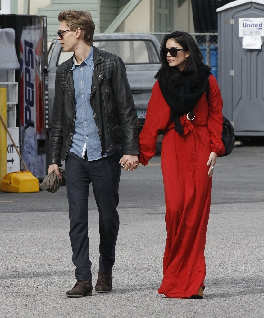 Vanessa Hudgens Maxi Dress Vanessa Hudgens Clothes Looks Stylebistro