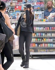 Vanessa Hudgens looked ready to hit the gym in these gray leggings.