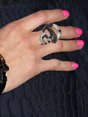 If hot pink nails weren't a statement enough, Hayden wore this snake ring on her middle finger.