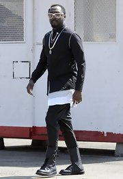 Will.I.Am chose a black button down for his futuristic look while shooting his new video.