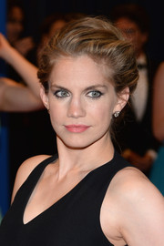 Anna Chlumsky wore her locks in a classic updo during the White House Correspondents' Association Dinner.