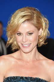 Julie Bowen looked charming with her curled-out bob at the White House Correspondents' Association Dinner.