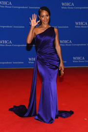 Jada Pinkett Smith looked like royalty in this draped purple one-shoulder gown during the White House Correspondents' Association Dinner.