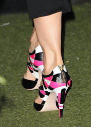 Jenna Elfman wore these colorful kicks at the 10th Annual 'InStyle' Summer Soiree.