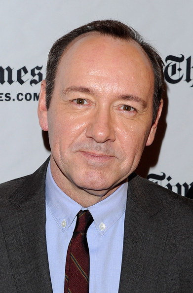 More Pics of Kevin Spacey Men's Suit (1 of 7) - Kevin Spacey Lookbook - StyleBistro