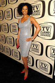 Kim Wayans looked sexy in a metallic python textured dress at the 10th Annual TV Land Awards.