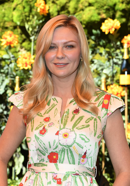 More Pics of Kirsten Dunst Long Wavy Cut (4 of 9) - Long Hairstyles Lookbook - StyleBistro [beauty,lady,blond,fashion,botany,dress,smile,plant,brown hair,flower,arrivals,kirsten dunst,los angeles,pacific palisades,california,will rogers state historic park,veuve clicquot polo classic]
