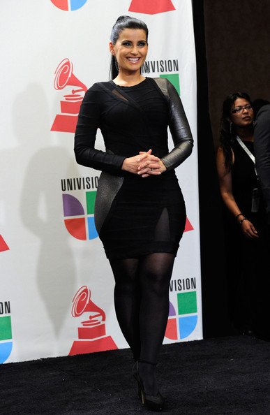 http://www4.pictures.stylebistro.com/gi/11th+Annual+Latin+GRAMMY+Awards+Press+Room+p4-Jwta0pevl.jpg