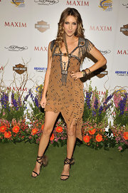 Dawn rocked an awesome tribal-inspired frock with chain fringe embellishments and sequin detailing.