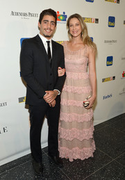 Janaina Tschape looked very girly in a tiered mauve evening dress at the Brazil Foundation NYC Gala.