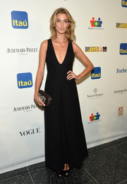 Lauren Remington Platt's low-cut black evening dress at the Brazil Foundation NYC Gala was a perfect blend of sexy and elegant.