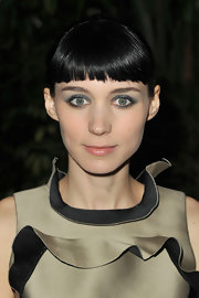 Rooney Mara wore subtly shimmering teal eyeshadow at the 12th Annual AFI Awards.